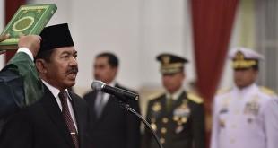 Djoko Setiadi saat dilantik Presiden Jokowi sebagai Kepala BSSN. (Foto: Antara)