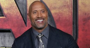 Dwayne Johnson/Photo; REUTERS/Simon Dawson