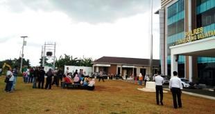 Suasana di Mapolres Tangsel saat gempa (Foto: Hambali/Okezone)