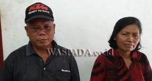 Tumpal Hahotan Sinaga  didampingi istrinya Jarmin Simanullang warga Jalan Binjai Km 13, Desa Muliorejo, Dusun IX, Kecamatan Sunggal, Kabupaten Deliserdang, mengaku betornya lewong.(WOL Photo/Gacok)