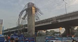 Tiang girder Tol Becakayu roboh. (Foto: Rizky/Okezone)