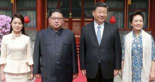 Penampilan istri Kim Jong Un saat kunjungan ke China
