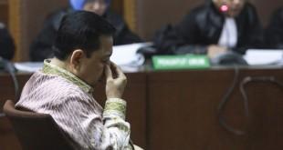 Setnov saat sidang tuntutan kasus korupsi e-KTP. (Foto: Antara)