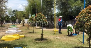 Pertamina Periksa Sumur Warga Diduga Mengandung Minyak. (WOL Photo/Ist)