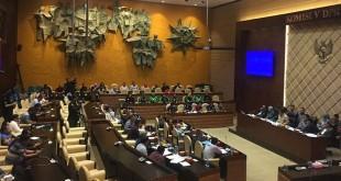 Komisi V DPR audiensi dengan perwakilan driver ojek online di Gedung DPR/MPR, Senayan, Jakarta, Senin (23/4/2018). (Foto: Harits Tryan Akhmad/Okezone)