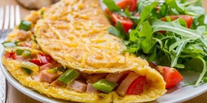 Omelet ayam untuk sahur (Foto: Oneplatter)