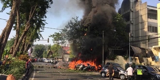 Bom meledak di Gereja Pantekosta, Surabaya. Foto Antara