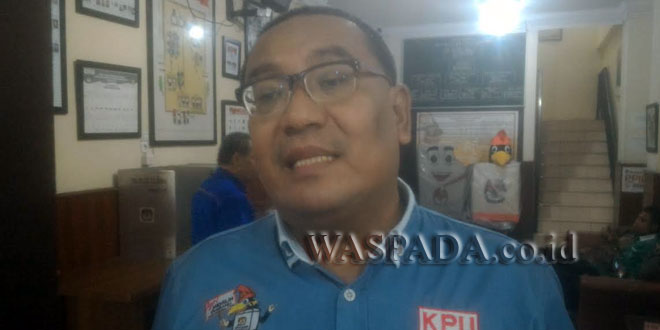 Komisioner KPU Sumut, Iskandar Zulkrnain. (WOL Photo)