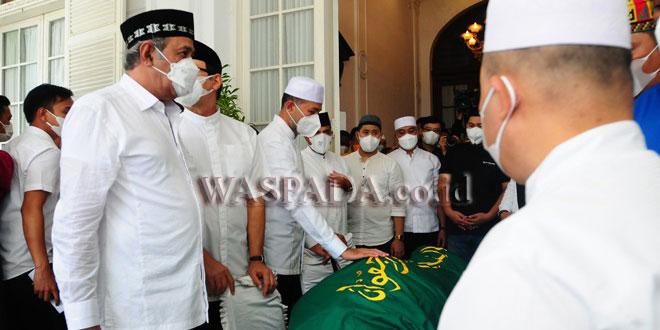 Prosesi Pemakaman H Anif